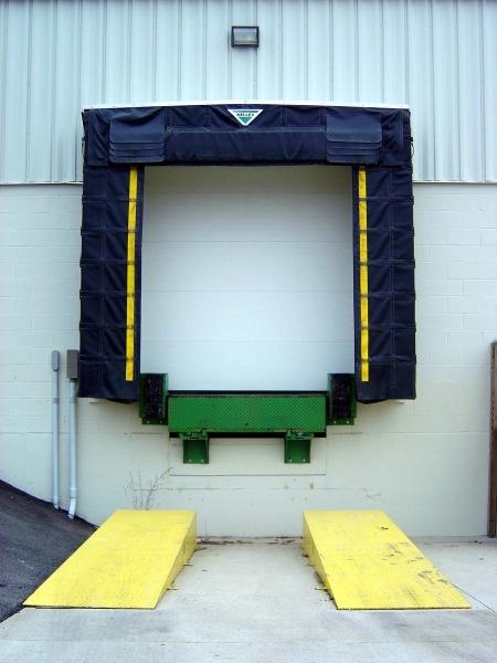 Truck Driving tips pentru soferi de  camion incepator : manevre la parcarea camionului cu spatele  cu spatele